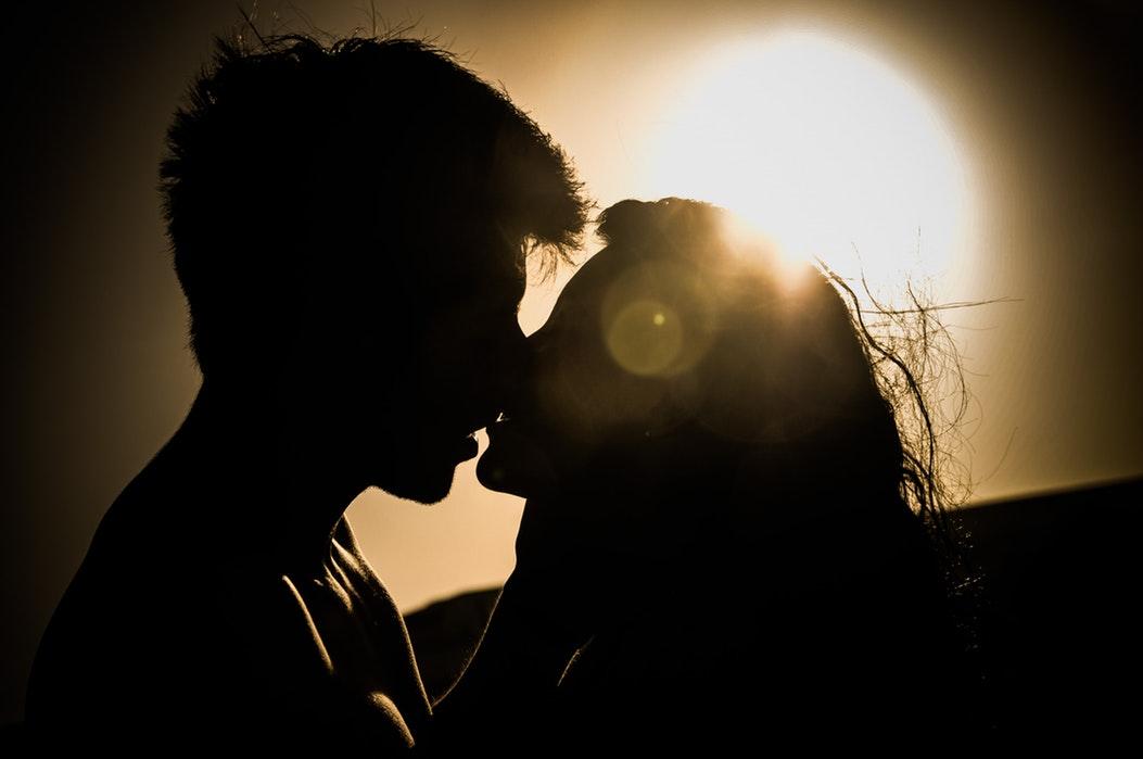 Марија го изневерувала својот сопруг пет години, тој не ни знаел за тоа: Еве како функционира нивниот брак сега кога тие се во изолација!