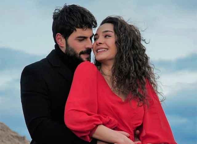 """И во """"Истанбулската невеста"""" изгледаше нeoдoливо, но погледнете ја во ПРИВАТНИОТ живот - убавина што ќе ве остави без зборови"""