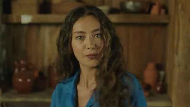 """Убавата Турчинка од серијата """"Ќерката на Амбасадорот"""" ги излажа ГЛЕДАЧИТЕ? Еве зошто мораше да ја напушти серијата"""